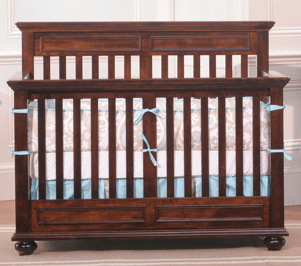 Antoinette Crib in Brown Maple Wood with a Coffee Stain