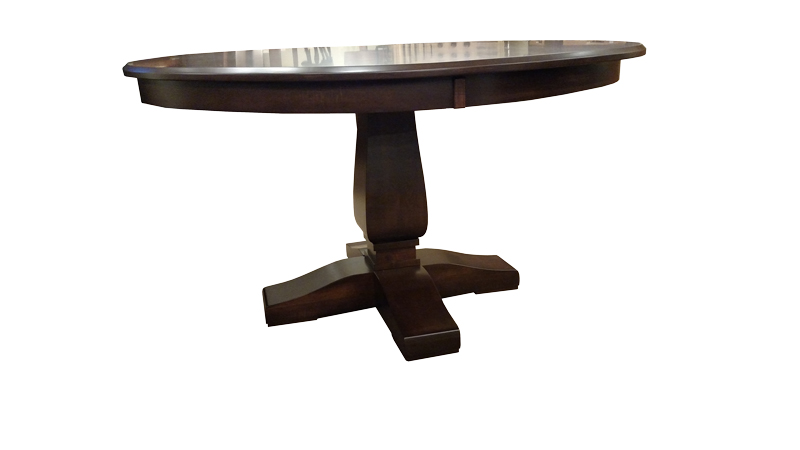 Bassett Single Pedestal Table with Round Top