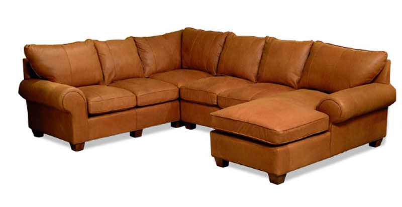 955 Mallorie Sectional
