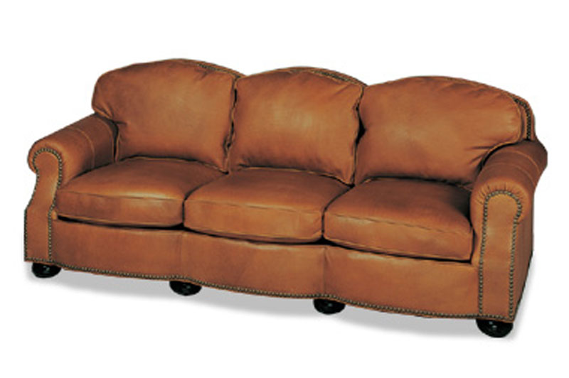 Raleigh Traditional Sofa 1084