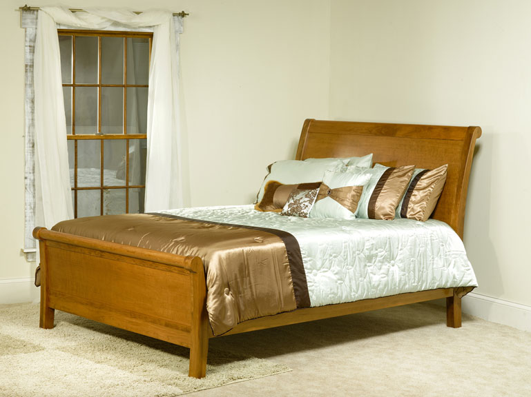 Crescent Sleigh Bed