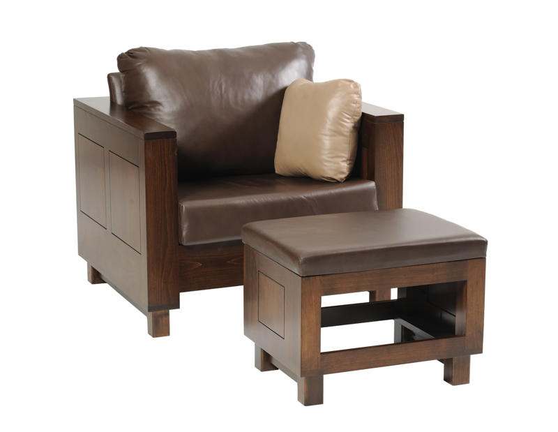 8000 Urban Chair and Ottoman in Leather