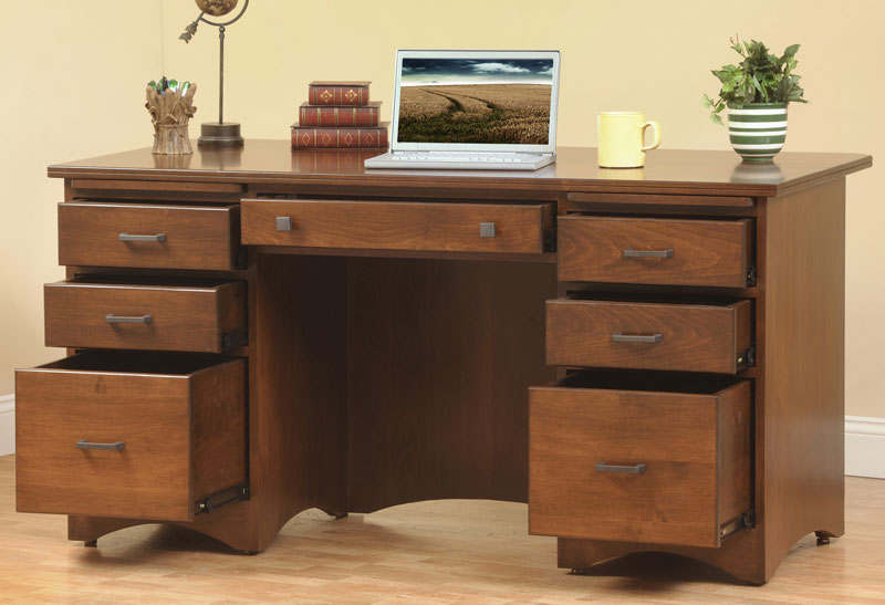 Prairie Mission Executive Desk In Solid Hardwood Ohio Furniture