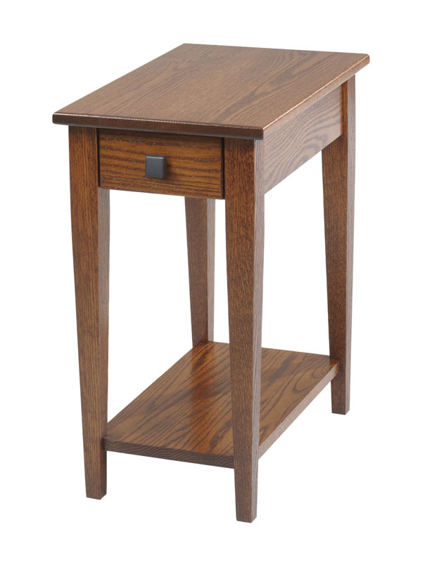 Woodland Shaker 211 Chairside Table with Shelf