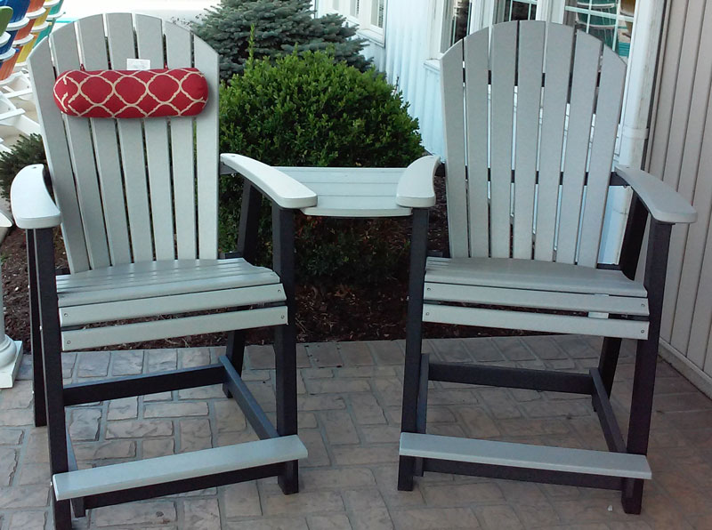 Adirondack Chairs and a Tete-a-Tete