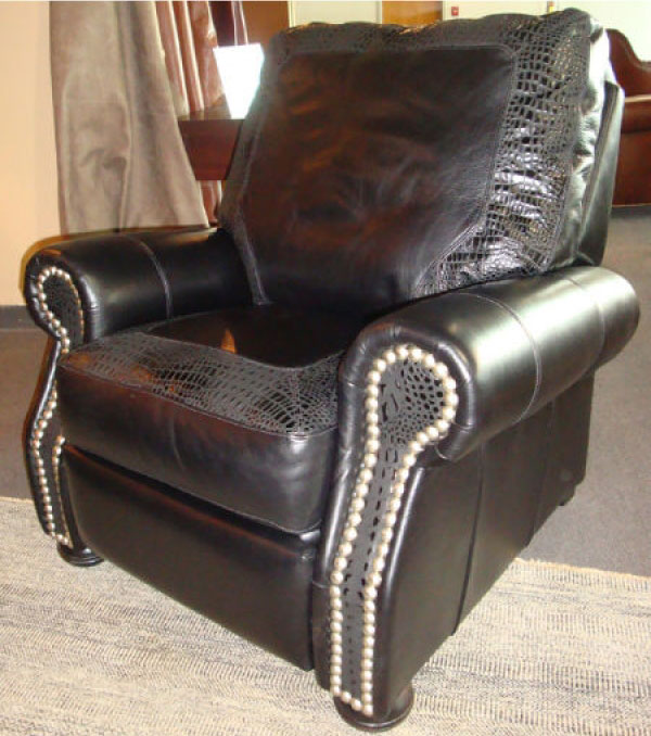 CC Leather 240R Austin Recliner