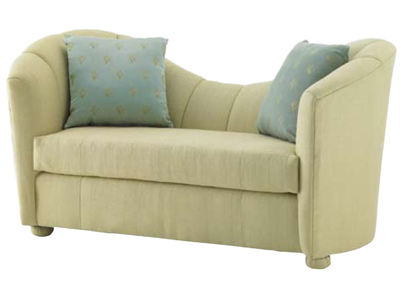 2600 Loveseat