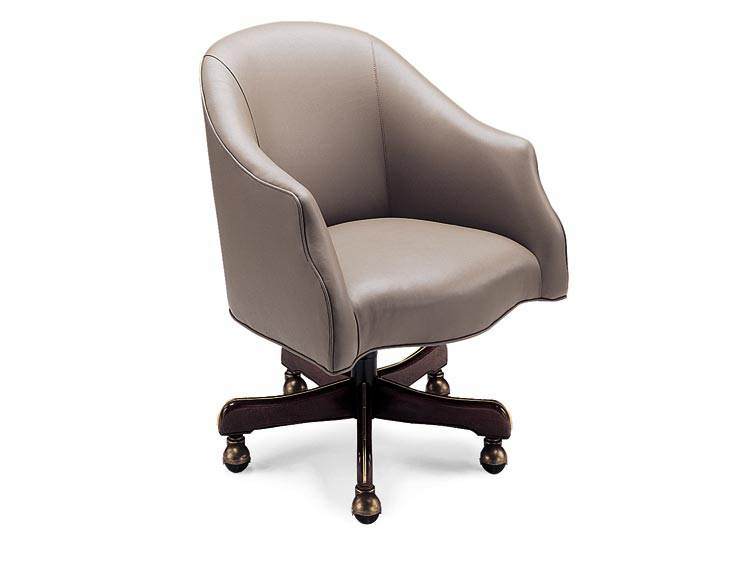 Leathercraft 7392 Hunter Tilt Swivel Chair