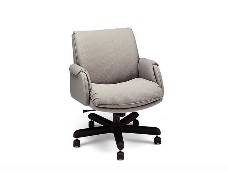 Leathercraft 9132 Asher Low Back Tilt Swivel Chair