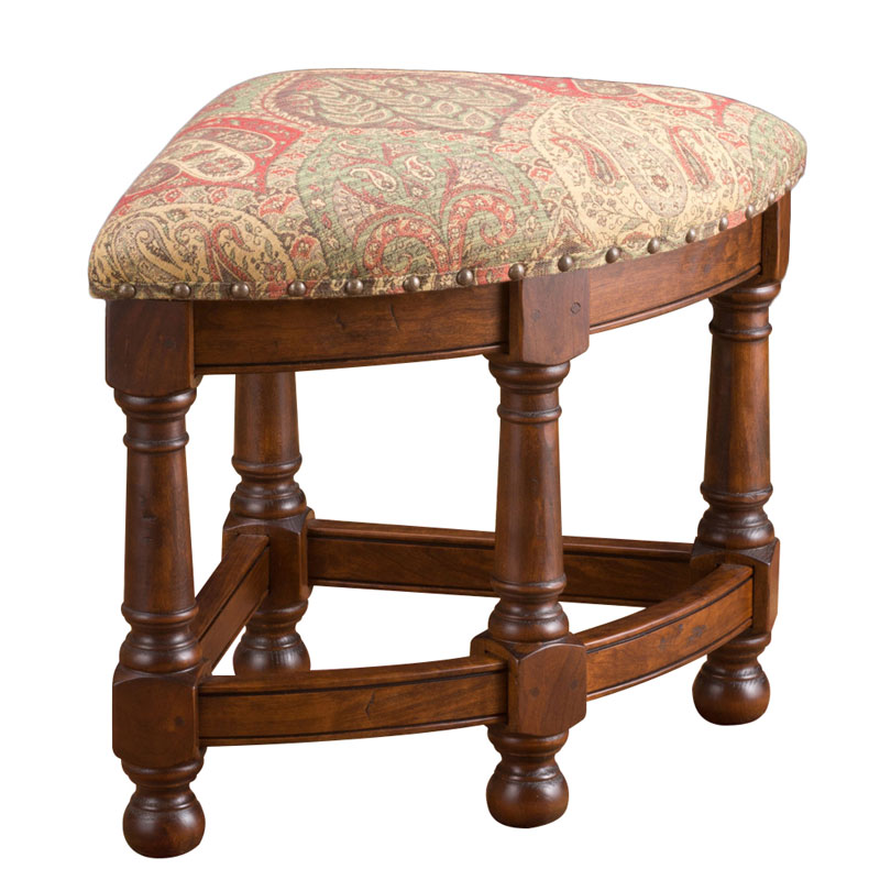 Mackenzie dow round cocktail table with nesting stools