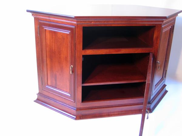 breckenridge 35 corner or wall tv stand ohio hardword upholstered furniture. Black Bedroom Furniture Sets. Home Design Ideas
