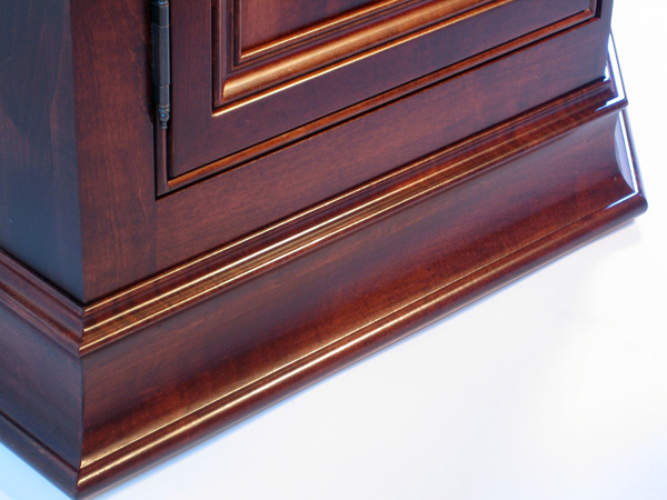 Lower Moulding Detail