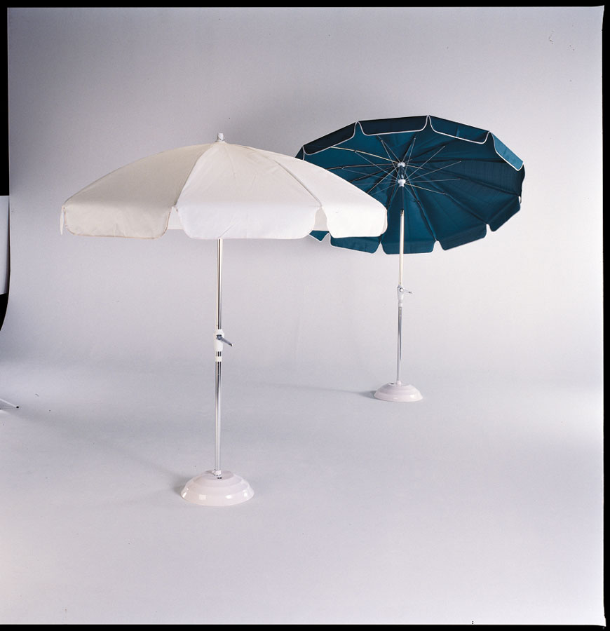 Telescope Casual 7 1/2' 8-Rib Drape Umbrella with Tilt